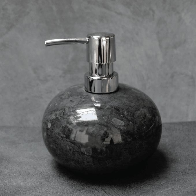black marble round (1)